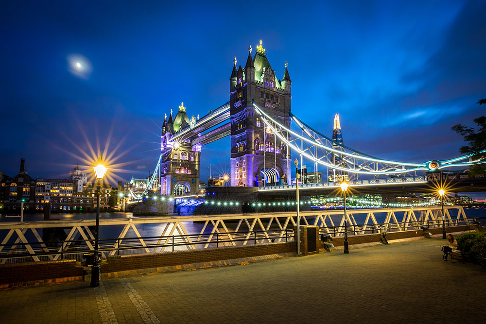 6 night photography tips for shooting better cityscapes