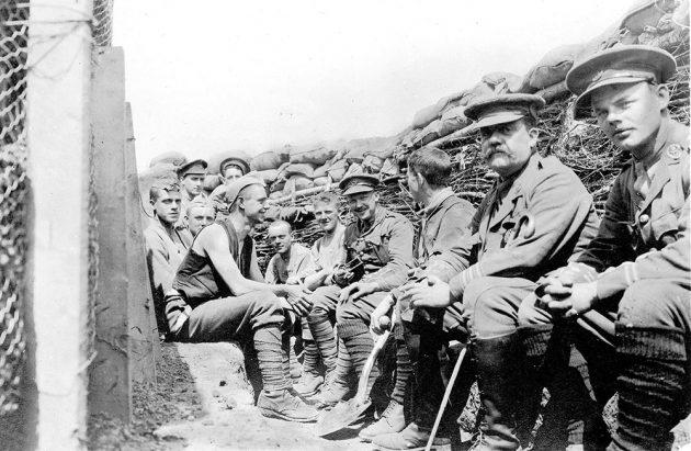 Фотография британских военных во времена Первой мировой войны, 1915 год