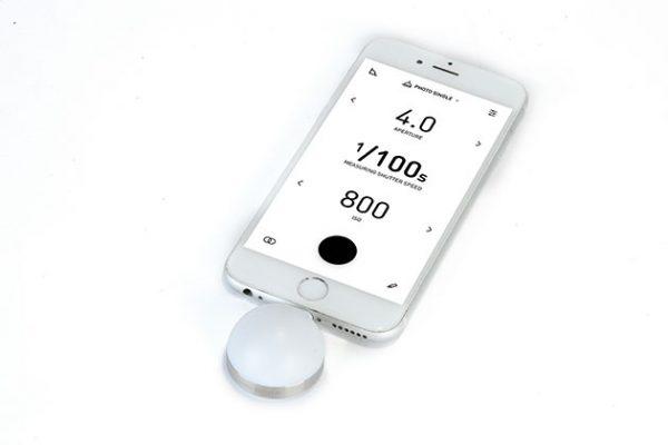 Luma Power light meter on phone