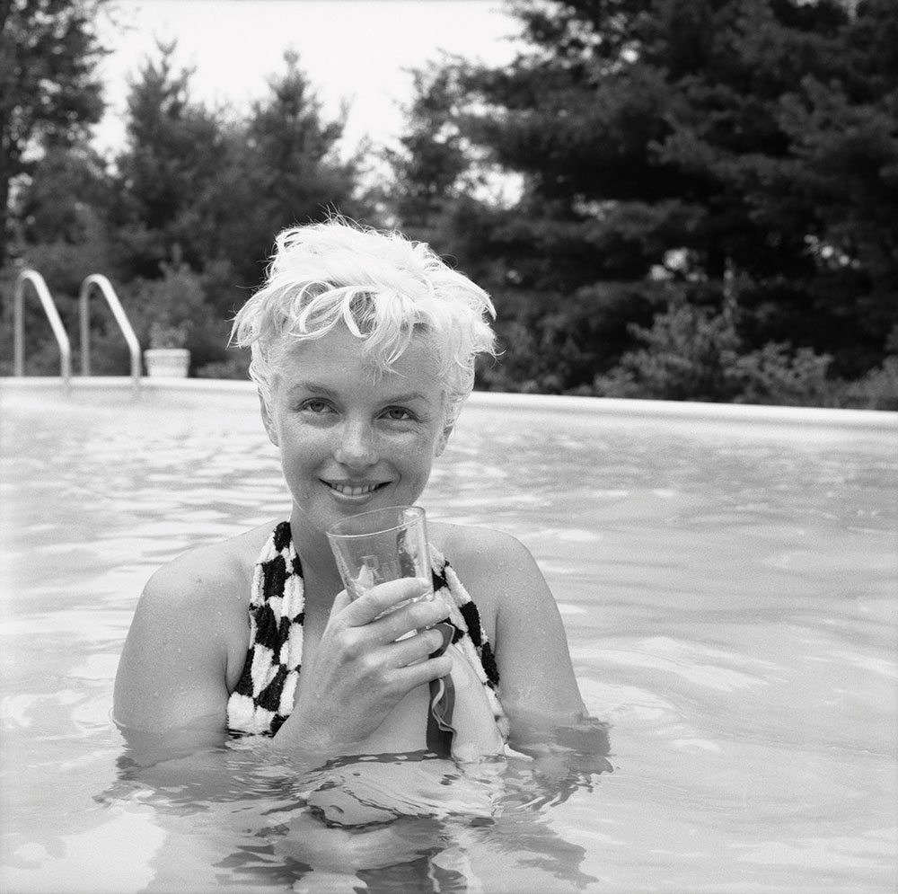 Milton h greene marilyn monroe unpublished restored image swimming pool shoot 1955