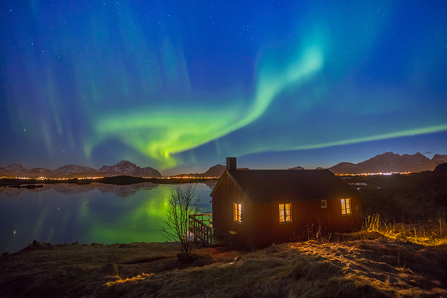 How to shoot aurorae, star trails and the moon - Amateur Photographer