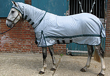 New Vespa Fly Mesh Combo Rug Horse Hound