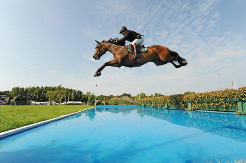 Peter Charles: 'Speed is replacing horsemanship' *H&H Plus*