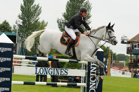 Win A Lesson With Tim Stockdale Promotion Horse Amp Hound