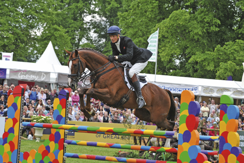 William Fox Pitt and Chilli Morning win Bramham Horse Trials 2012