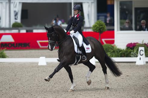 Charlotte Dujardin riding Vaelgro