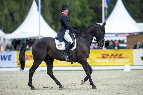 Nicola Wilson and Opposition Buzz at Luhmuhlen before their cross-country fall