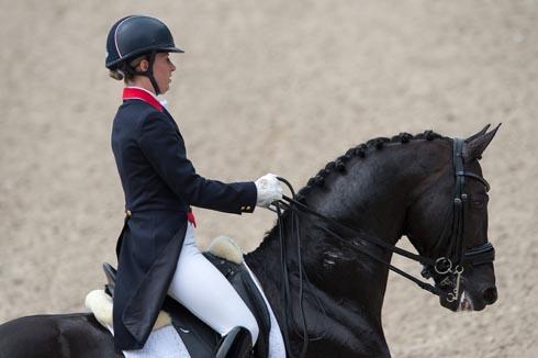 Charlotte Dujardin riding Uthopia