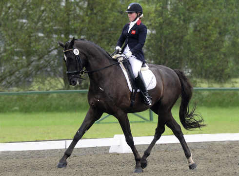 Sophie Wells riding Valerius