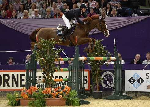 Billy Twomey riding Tinka's Serenade wins at HOYS 2013
