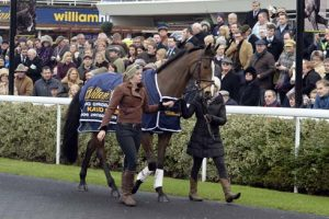 Kauto Star parades for his fans
