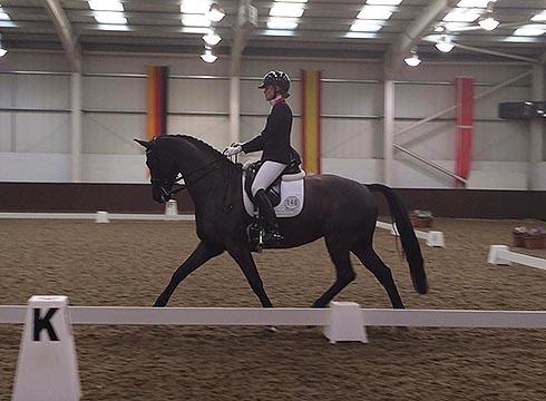 Chloe Vell competing at Addington