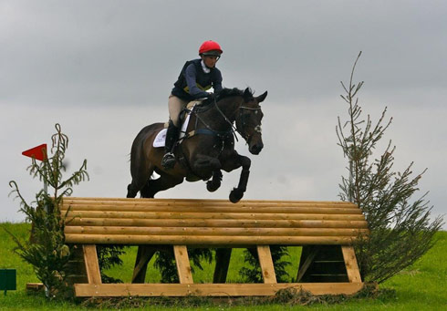 Rosie Fry and In Vogue II at Nunney 2014