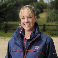 Charlotte dujardin british dressage rider horse hound for Charlotte dujardin