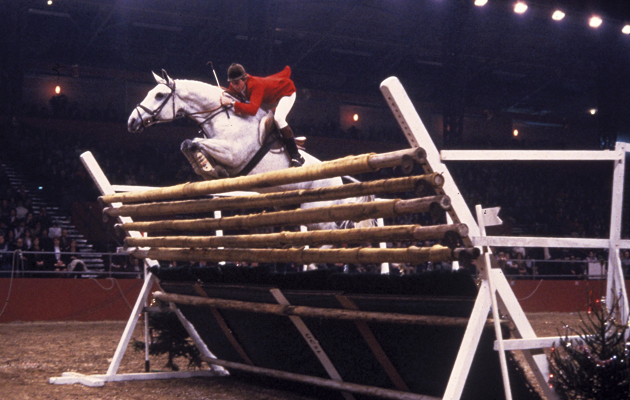 Nick Skelton breaking Puissance record with Lastic in 1978