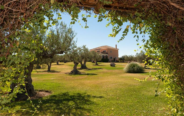 260c8eee19 SPAIN - COSTA DEL SOL - Magnificent Equestrian Property For Sale in Spain  2015-02