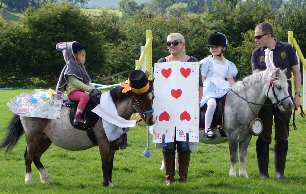 Are these the most incredible horsey fancy dress costumes you 39 ve