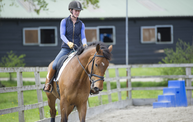 How to improve your dressage mark by riding perfect corners