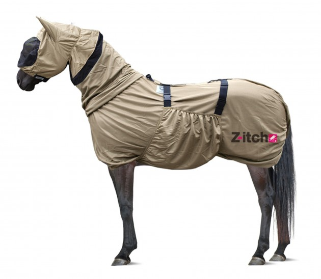 The Z Itch Sweet Rug With Hood Is A Well Priced Comfortable Way To Provide Barrier Between Horse And Biting Midges Flies