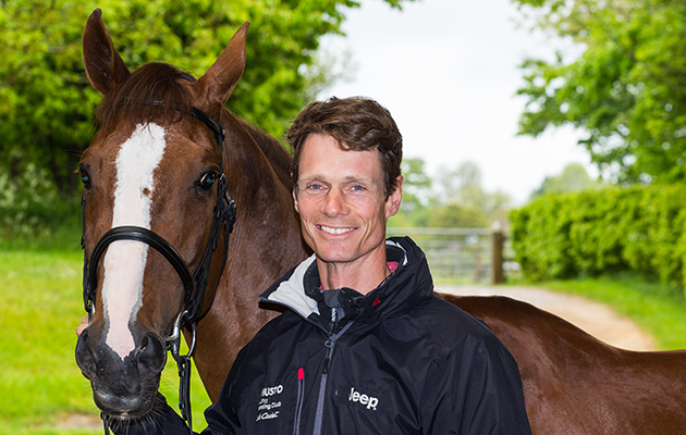 Chilli Morning conformation and William Fox Pitt Portraits portrait
