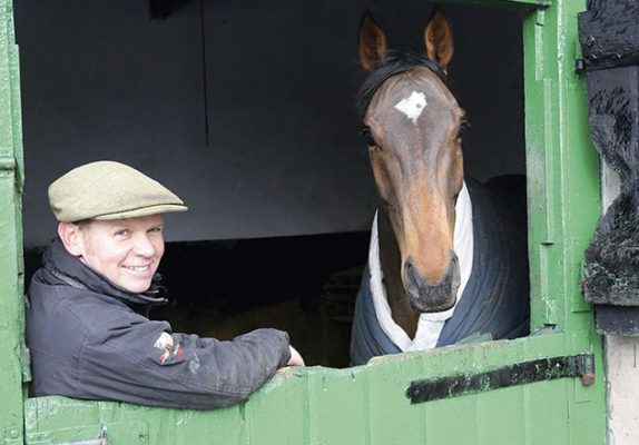 """West Percy Hunt  H&H Feature """"Day In The Life"""" 21/12/15 Giles Bennett - Huntsman with his Own Horse RAMBO ROB given to him by Mr Richardson an old master of the Holderness Hunt   Copyrighted Grossick Racing Photography Contact John Grossick 07710461723"""