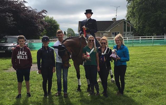 #inspiredbyhannah Hannah Francis and the Willberry Wonder Pony team at Tattersalls