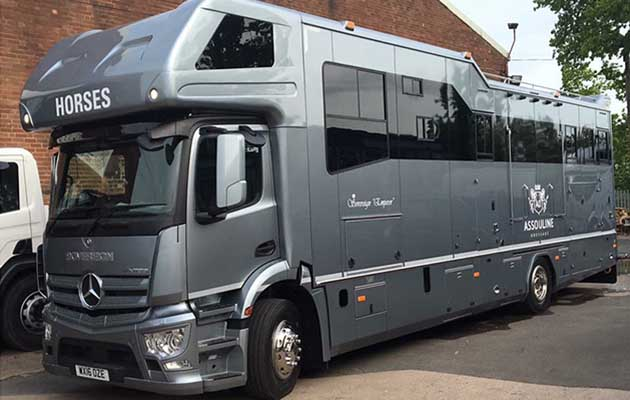 d83f55674d 6 horseboxes that are more luxurious than a five-star hotel - Horse ...