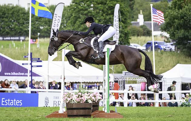 Hazel Towers and Simply Smart win the CCI3*. Credit: Libby Law