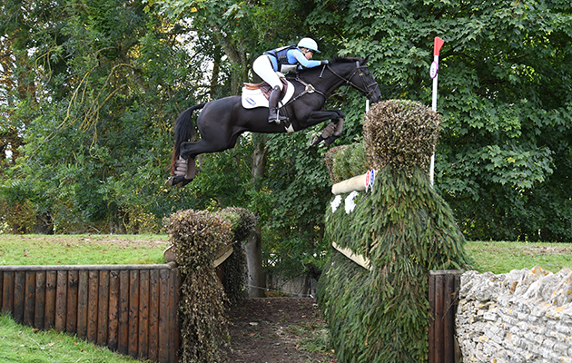 Jonelle Price (NZL) riding CLASSIC MOET during the cross country phase of the CIC*** ERM during the Ssangyong Blenheim Palace International Horse Trials near Oxford in Oxfordshire, UK between 16th September 2017