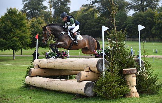 Simon Grieve (GBR) riding EDISON in the cross country phase of the CIC*** 8/9 YO during the Ssangyong Blenheim Palace International Horse Trials near Oxford in Oxfordshire, UK between 17th September 2017