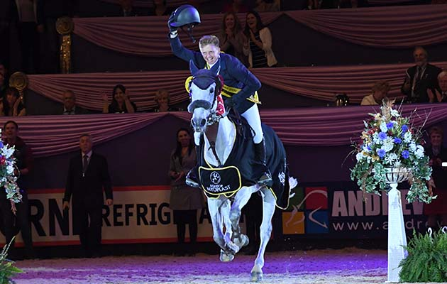 EBOLENSKY owned by Rachael Evison ridden or exhibited by Matthew Sampson in the Senior Foxhunter Championship during the Horse of the Year Show at the NEC near Birmingham, UK between 4th - 8th October 2017