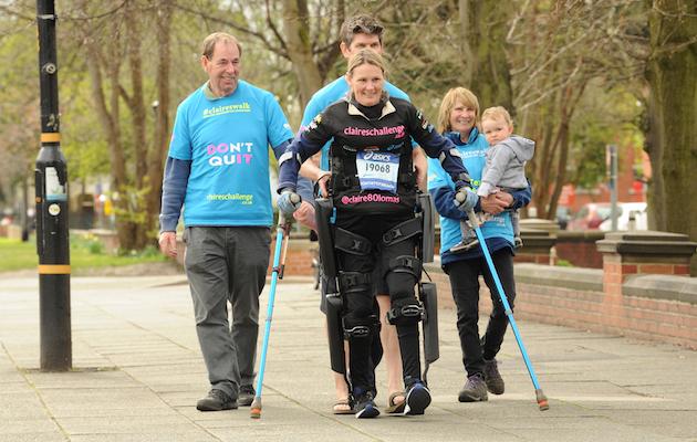 Claire Lomas Manchester Marathon a