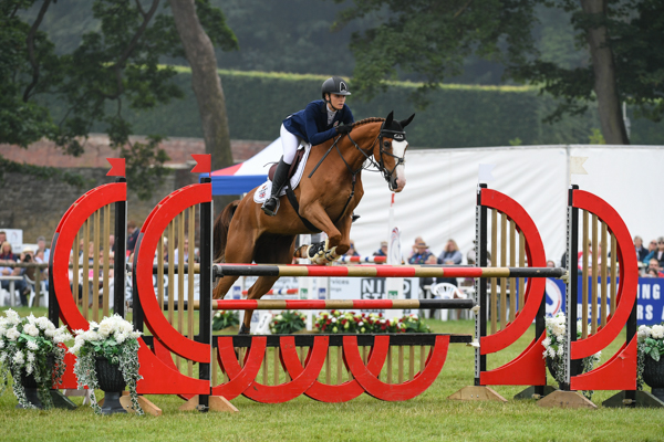 Bramham showjumping Emily King Dargun