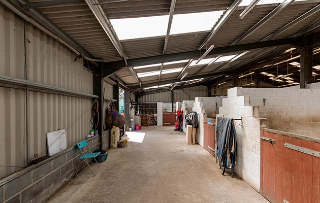 Fancy Running Your Own Livery Yard Here S One With 36