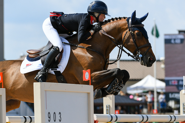 H&H Interview: Amanda Derbyshire — 'We take Mondays off and go to the beach and drink margaritas'