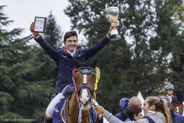 Thibault Fournier celebrating his win