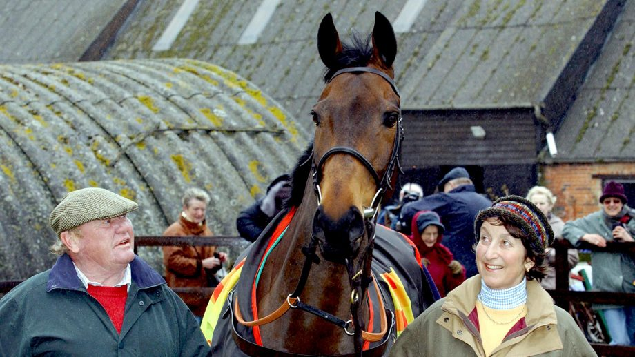 Mandatory Credit: Photo by David Hartley/REX/Shutterstock (447237a) 'BEST MATE' WITH TERRY BIDDLECOMBE AND HENRIETTA KNIGHT 'BEST MATE' RETURNING HOME AFTER WINNING CHELTENHAM GOLD CUP, BRITAIN - 19 MAR 2004