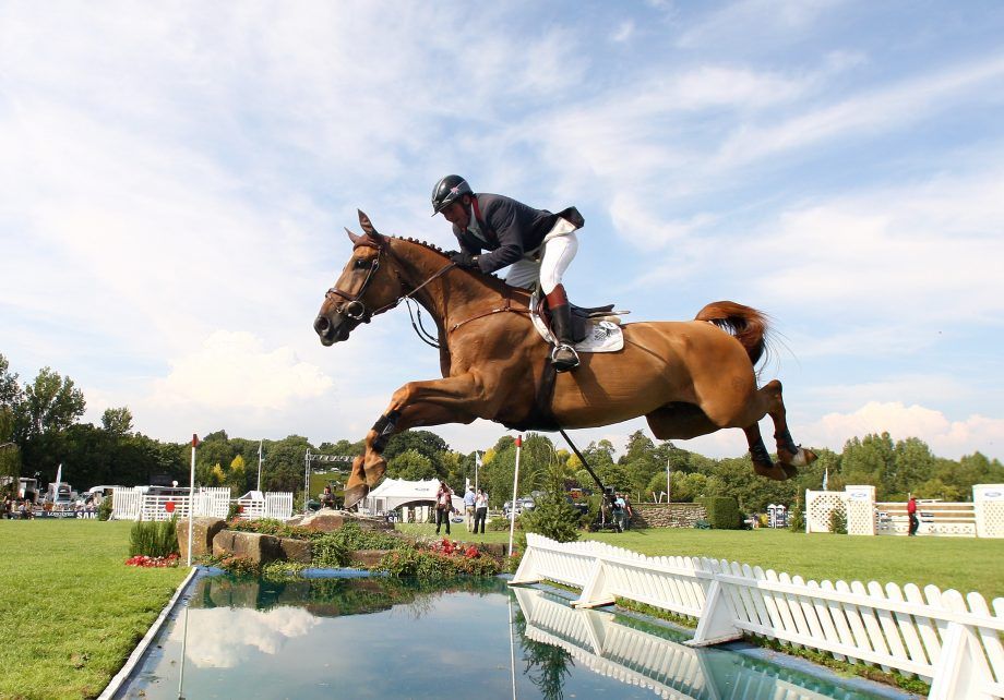 HICKSTEAD, UNITED KINGDOM - JULY 27: Guy Williams of Great Britain riding Skip Two Ramiro during the Longines King George V Gold Cup, on July 27, 2008, in Hickstead, England. (Photo by Phil Cole/Getty Images)