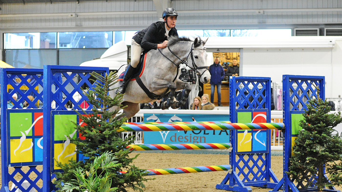 Pony bought as a companion to make her Royal International debut