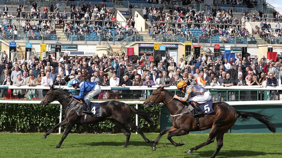 racing crowds pictured at Doncaster
