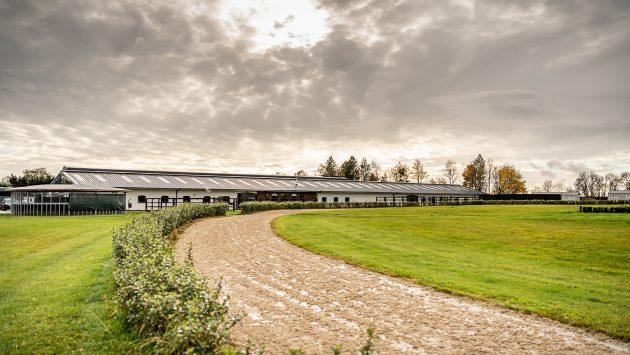 Confira o novo e impressionante estábulo do olímpico Spencer Wilton 9