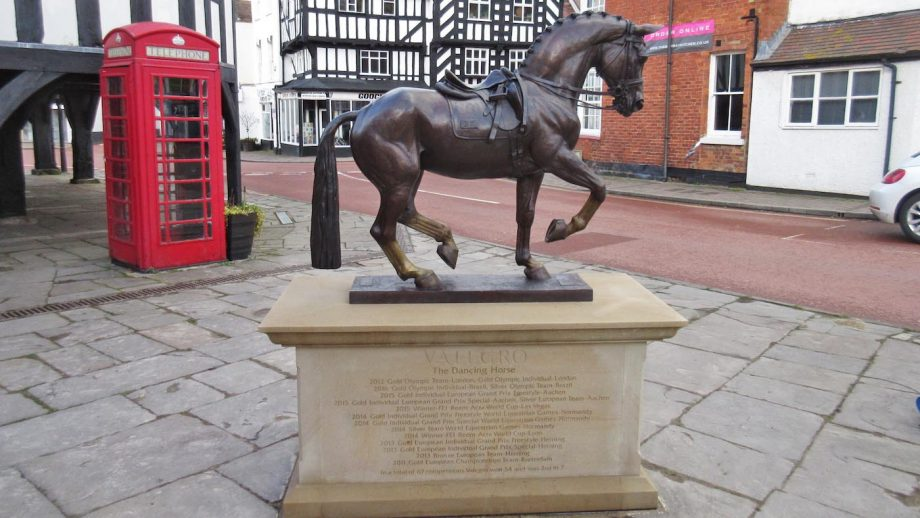 Dressage horse Valegro bronze statue placed in Newent Gloucestershire