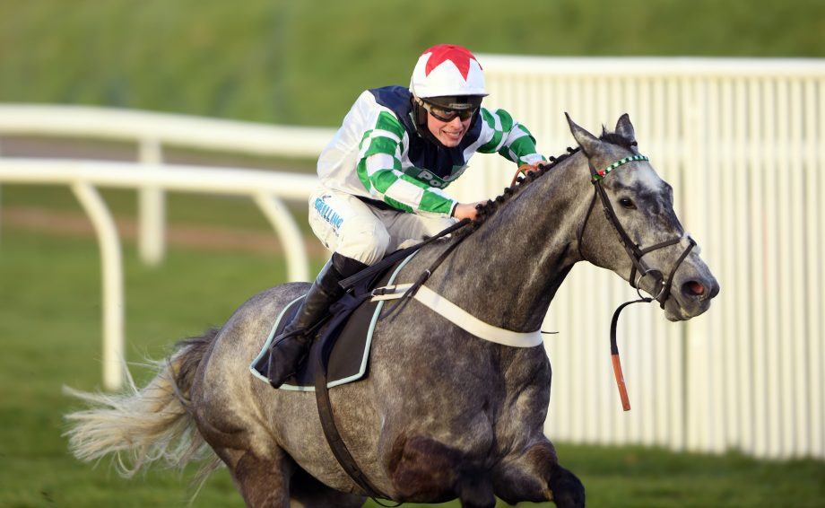 Chepstow Pertemps MPS Maiden Open National Hunt Flat Race Drama in the last as the broken rein flaps loos under Mot A Mot's mouth, James Bowen performs wonders to steer him round all the way and win. RIDE OF THE SEASON 25-2-21