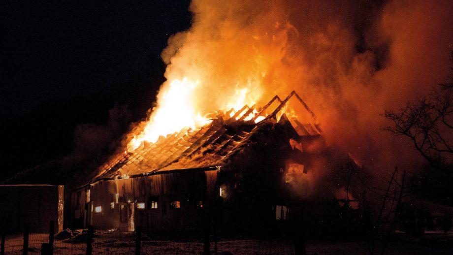 2CAAXEB Blazing fire barn
