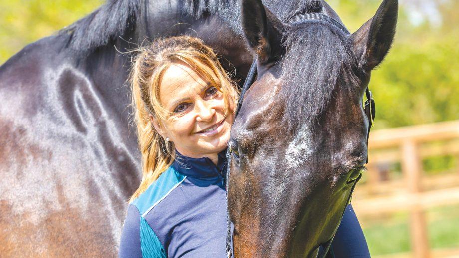 Dorothee Schneider pictured with Jahres Showtime FRH