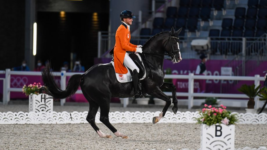 Edward Gal riding Total US at the Tokyo Olympics dressage