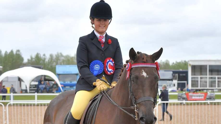 Melissa Hatton riding Laybalands Viscount to qualify for the RIHS in 2019.