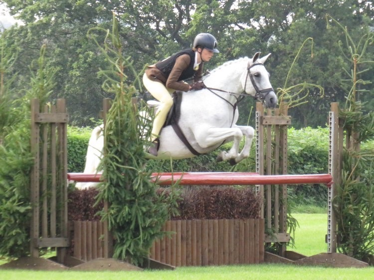 Plaited worker Landslow Melody Maker and Lola Bass head to Royal International despite border closures during covid