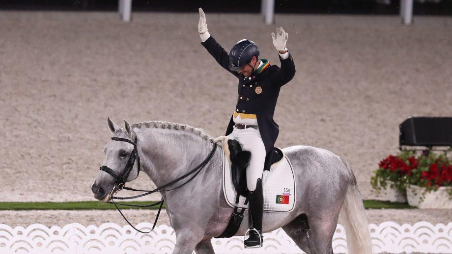 Rodrigo Torres celebrates after his grand prix at the Tokyo Olympics on Fogoso.