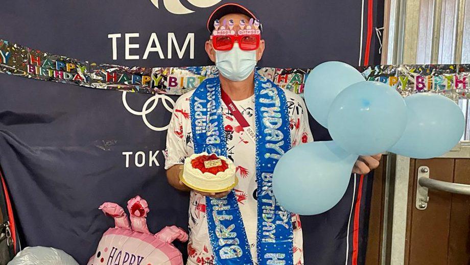 Tokyo Olympics grooms Alan Davies